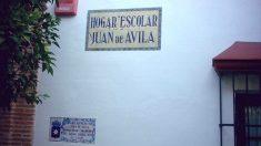 El desbordado Hogar Juan de Ávila, en Carmona, para menores.