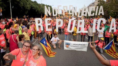 Manifestación independentista convocada por la ANC con motivo de la Diada del 11 de septiembre, que recorrere las calles de Barcelona. EFE/Marta Pérez