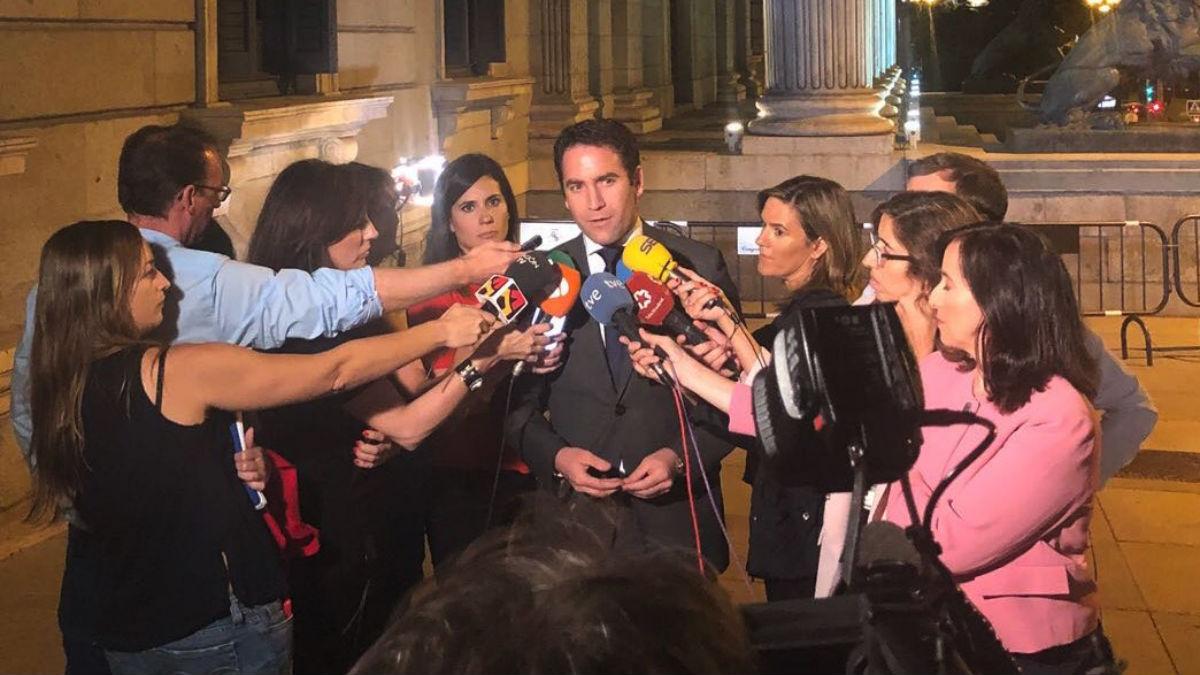 García Egea a las puertas del Congreso (RRSS).
