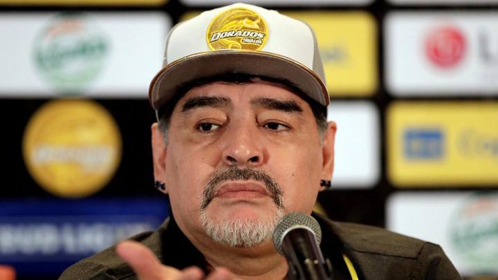 Diego Armando Maradona, en su presentación con Dorados de Sinaloa.