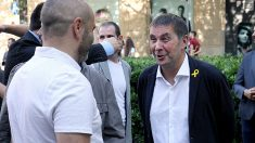 Arnaldo Otegi, con su lazo amarillo en la Diada 2018. (Foto: E. Falcón)