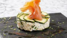 Receta de calabacín marinado con queso de cabra y salmón ahumado