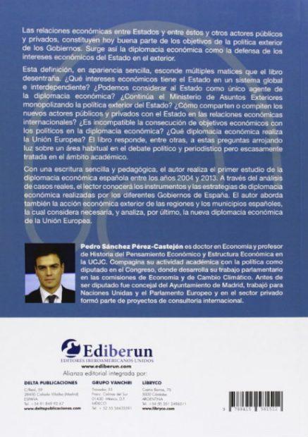 Sánchez no figura como autor del libro casi idéntico a su tesis en Amazon, sólo el 'negro'