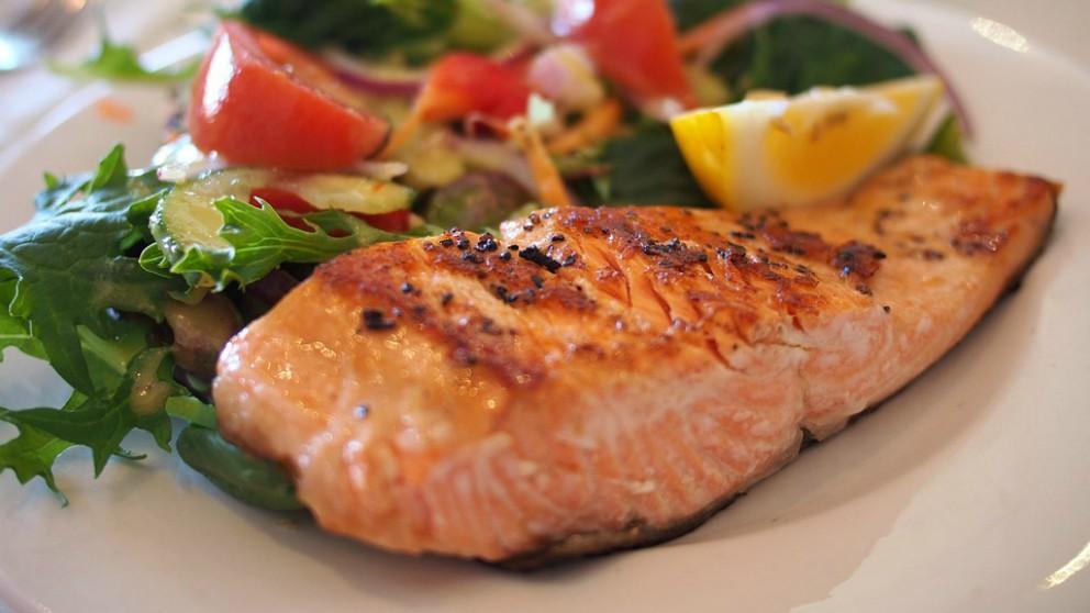 Los mejores pescados para comer en el embarazo