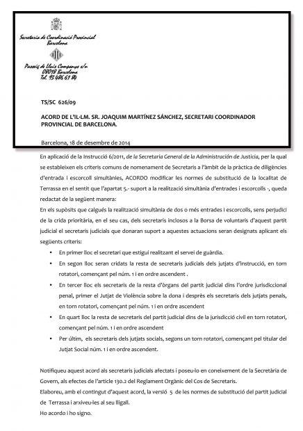 Escrito oficial de la Secretaría de Coordinación Provincial de Barcelona con el escudo de España (2014).