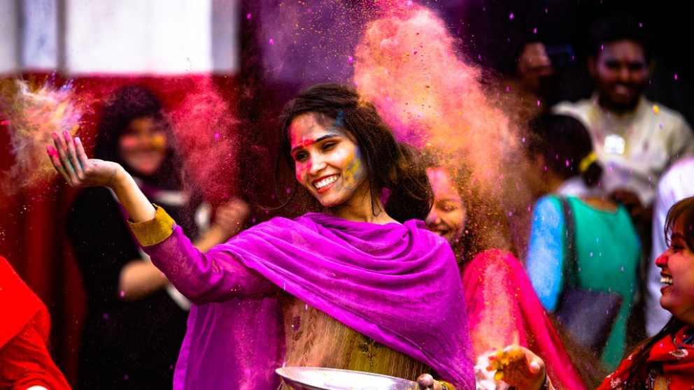 Holi, una fiesta famosa en la India.