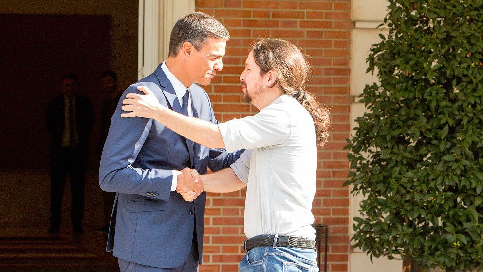 Pedro Sánchez y Pablo Iglesias, en Moncloa. (EP)