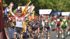 Wallays celebra su victoria en Lérida. (AFP)