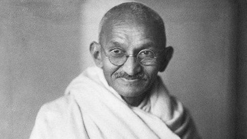 Gandhi inicia el 20 de septiembre de 1932, una huelga de hambre para protestar contra el separatismo | Efemérides del 20 de septiembre de 2018