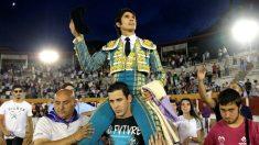 Sebastián Castella sale a hombros este viernes en Guadalajara (Foto: EFE).