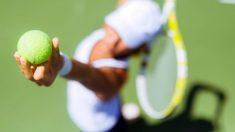 Aprende cómo hacer un buen saque en tenis