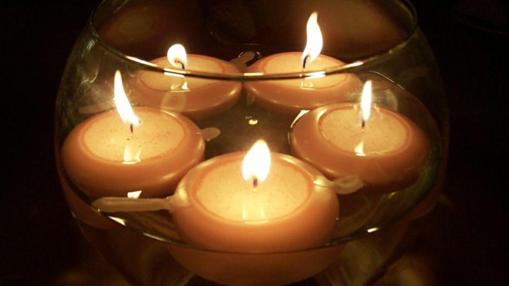 Cómo hacer velas flotantes con varias ideas