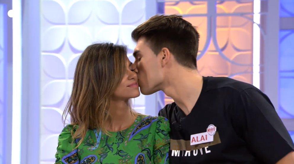 Marina y Alai se ponen cariñosos en 'MYHYV'