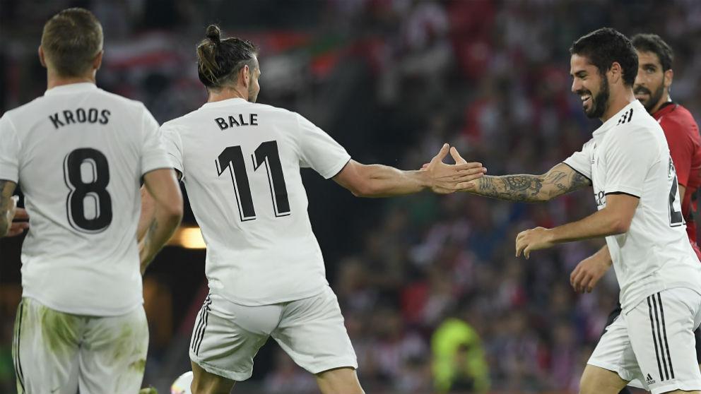 Isco y Bale celebran un tanto esta temporada. (EFE)