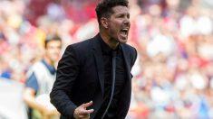 Simeone da instrucciones durante el Atlético – Eibar. (EFE)