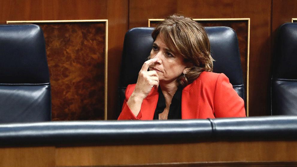 La ministra de Justicia, Dolores Delgado, durante un pleno celebrado en el Congreso de los Diputados (Foto: Efe)
