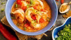 Receta de gambas cocidas con salsa de coco