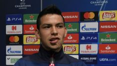 Hirving Lozano, en rueda de prensa en el Camp Nou. (AFP)