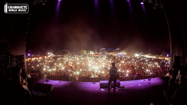 El Canijo de Jerez en el escenario del Chanquete World Music.