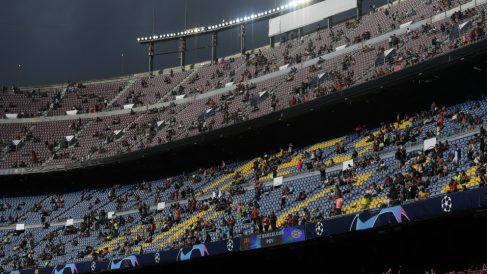 El Camp Nou, en los instantes previos al partido. (Getty)