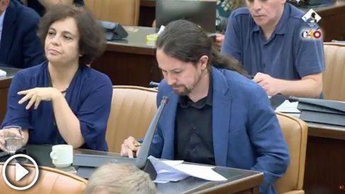 José María Aznar arremete contra Pablo Iglesias en la comisión parlamentaria
