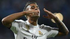 Mariano Díaz celebra su gol contra la Roma. (AFP)