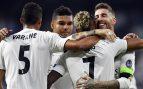 Ramos se abraza a Mariano en la celebración del 3-0 (AFP).