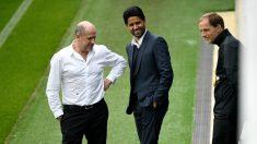 Henrique, Al-Khelaifi y Tuchel, en un entrenamiento del PSG. (AFP)