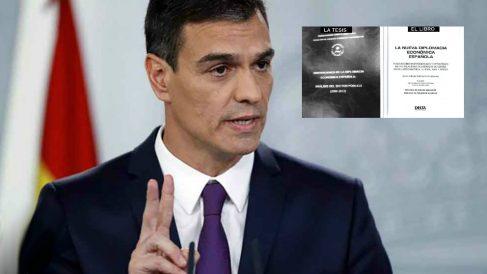Pedro Sánchez, presidente del Gobierno, junto a 'su' tesis y 'su' libro.