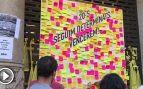 Los separatistas toman la consejería de Economía y cuelgan un mural para depositar mensajes a los presos