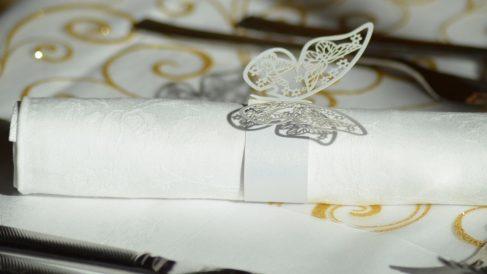 Los servilleteros caseros pueden ser muy originales, divertidos y elegantes