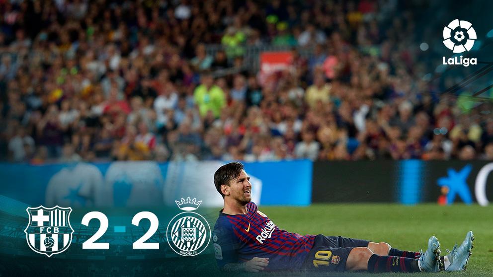 Leo Messi se lamenta tras fallar una ocasión.