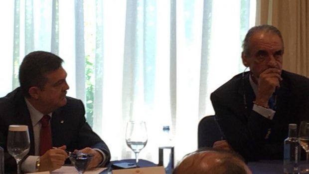 El abogado Enrique de Santiago y exbanquero, Mario Conde.