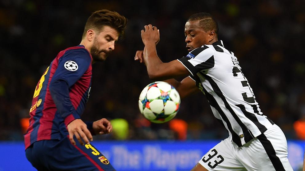 Piqué y Evra, en un partido de Champions League entre Barcelona y Juventus. (Getty)