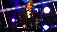 Luka Modric, dando su discurso tras ganar el The Best. (AFP)