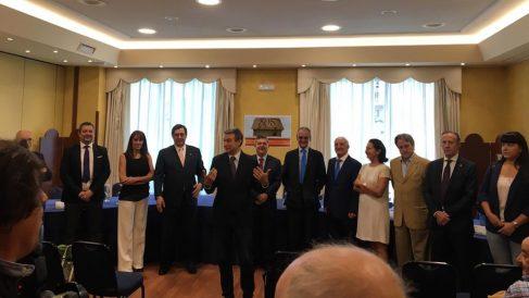 Presentación de la nueva junta directiva de la Asociación salvar el Archivo de Salamanca.