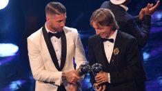 Sergio Ramos y Luka Modric en los premios The Best 2018. (AFP)