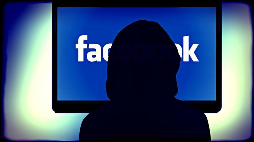 Usar mucho Facebook podría ser sinónimo de baja autoestima