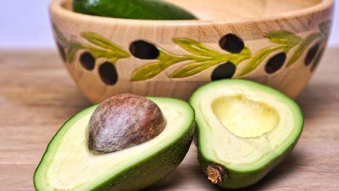 Entre sus propiedades nombramos su alto contenido en ácidos grasos y antioxidantes.