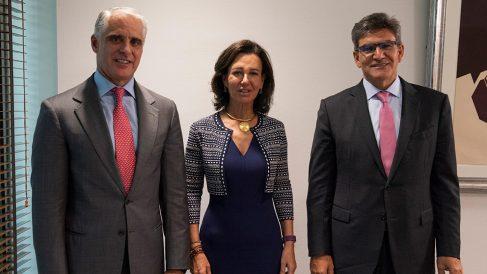 De izquierda a derecha, Orcel, Botín y Álvarez.