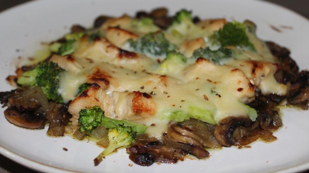 Receta de Gratén de brocoli y champiñones fácil de preparar