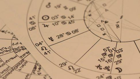 Conoce más sobre el signo solar, lunar y ascendente