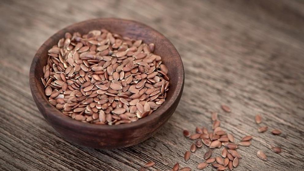 Entre las propiedades de la semillas de lino está la fibra.