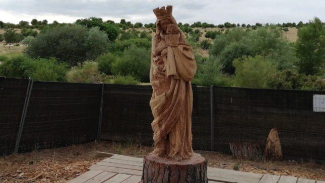 Resultado de imagen de virgen del abrazo valdebebas