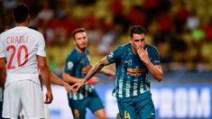 Giménez celebra un gol con el Atlético. (AFP)