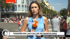 Periodista de Antena 3, acosada por los independentistas.