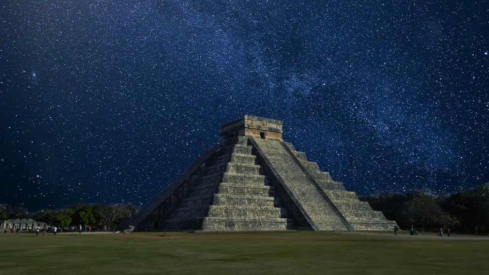 Las pirámides de los Mayas