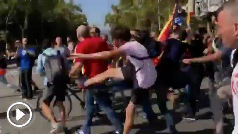 Agresiones de radicales a unionistas en Barcelona.