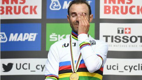 Las lágrimas de Valverde cuando sonó el himno español en Innsbruck. (AFP)