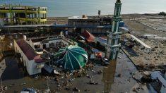 Indonesia ha quedado devastada tras un fuerte terremoto y un tsunami.Foto:AFP
